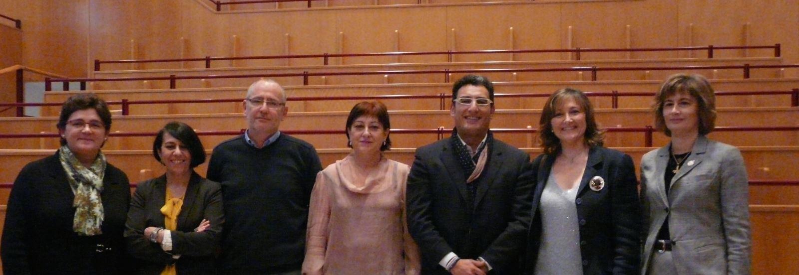 Junta Directiva de la UNE / Rosa de Bustos